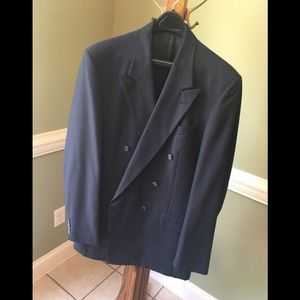 2pc suit, double-breasted, multi-pinstripe.